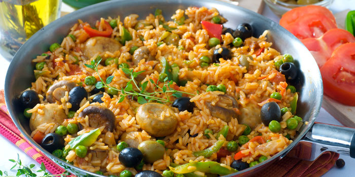 Beachbody-Blog-Vegetarian-Paella