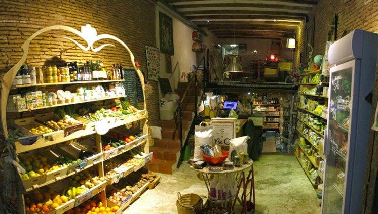 The BeOrganic shop in El Born