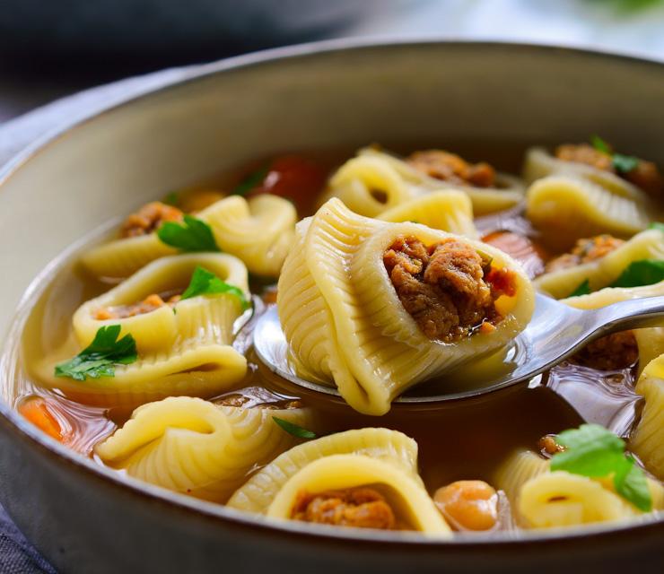 sopa-de-galets-vegana-picture